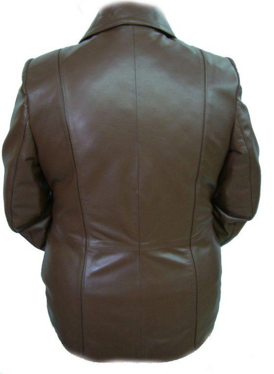 chaqueton de señora marron medio